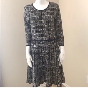 Just Taylor Sweater Dress Size Medium Black